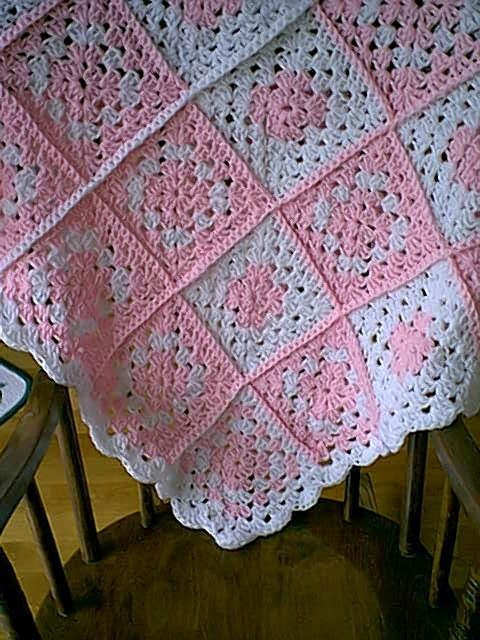 Striped Lace Crochet Baby Blanket -- Free Crochet Pattern for a